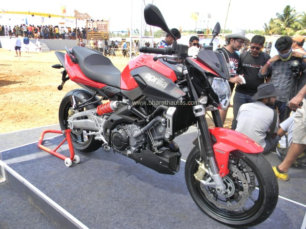 aprilia-shiver-750-street-fighter-2015-india-bike-week-IBW