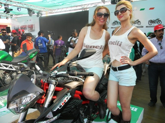 dsk-benelli-india-tnt-899-details-pictures-price-specs
