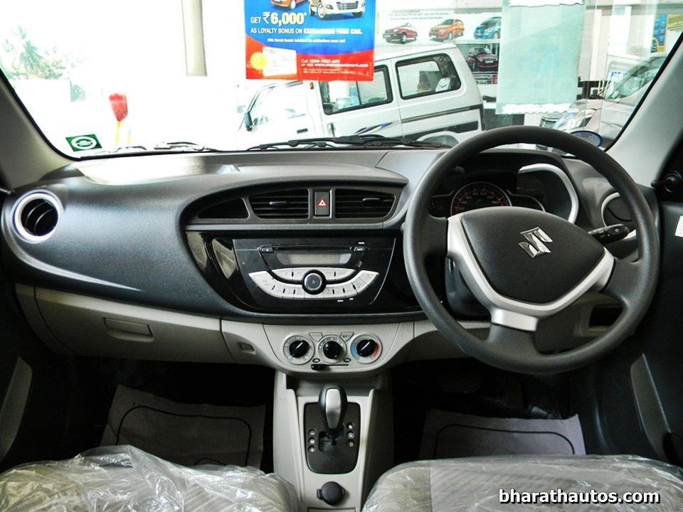 new maruti alto k10 detailed review and live gallery. Black Bedroom Furniture Sets. Home Design Ideas