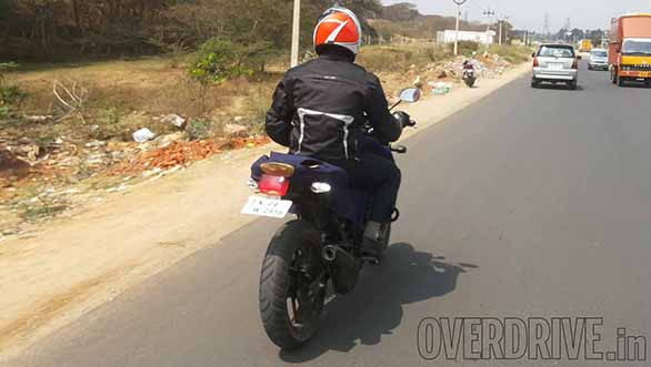 new-tvs-apache-rtr-180-side-spied