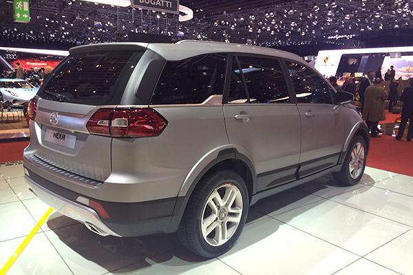 tata-hexa-concept-rear