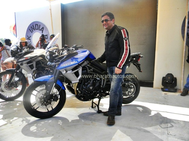 triumph-tiger-xcx-triumph-tiger-xrx-2015-india-bike-week-IBW-001