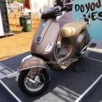 vespa-elegante-2015-india-bike-week