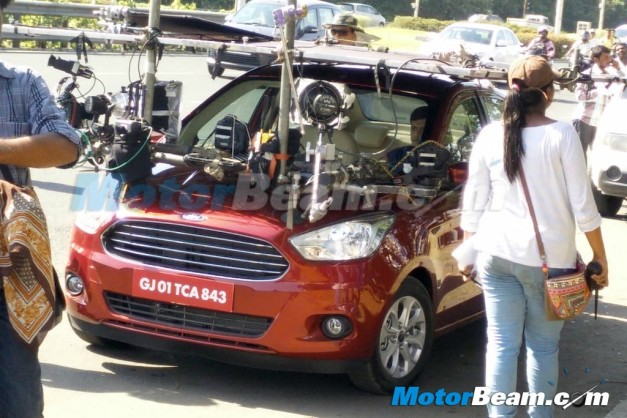 ford-figo-aspire-compact-sedan-spied-tvc-ad-shoot-with-farhan-akhtar-001