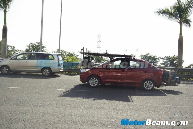 ford-figo-aspire-compact-sedan-spied-tvc-ad-shoot-with-farhan-akhtar-003