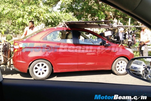 ford-figo-aspire-compact-sedan-spied-tvc-ad-shoot-with-farhan-akhtar-side