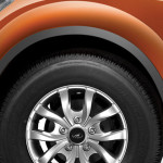 2015-mahindra-xuv500-facelift-alloy-wheels
