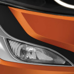 2015-mahindra-xuv500-facelift-fog-lamps