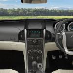 2015-mahindra-xuv500-facelift-infotainment-system