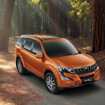 2015-mahindra-xuv500-facelift-side-profile