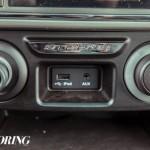 2015-tata-safari-storme-facelift-11-USB-AUX-in-ports