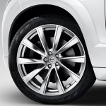 2015-volvo-xc90-suv-india-alloy-wheel