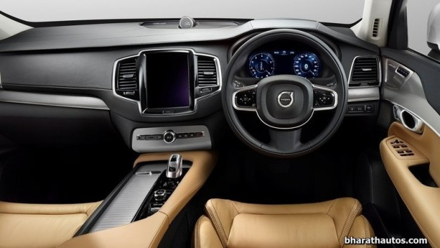 2015-volvo-xc90-suv-india-dashboard