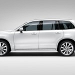 2015-volvo-xc90-suv-india-side