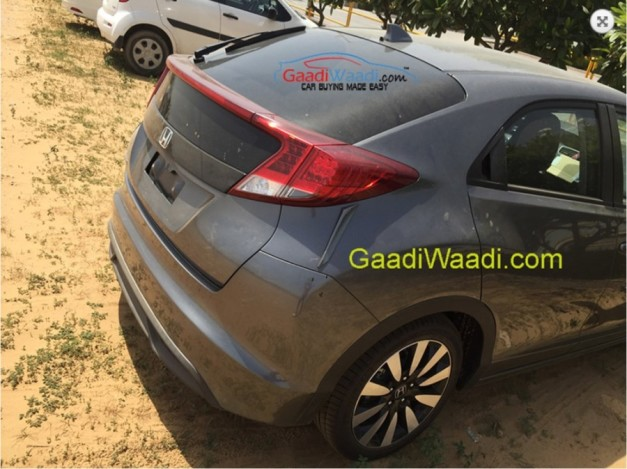 honda-civic-hatchback-rear-end-LHD-imported-into-India-for-RD-purpose