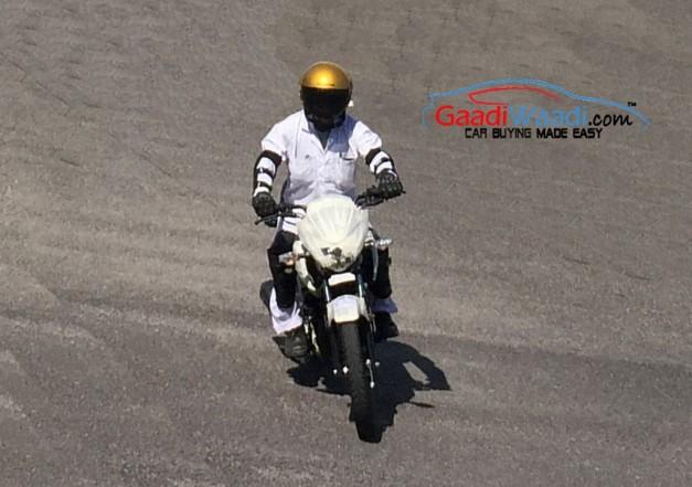 honda-upcoming-125cc-motorcycle-front