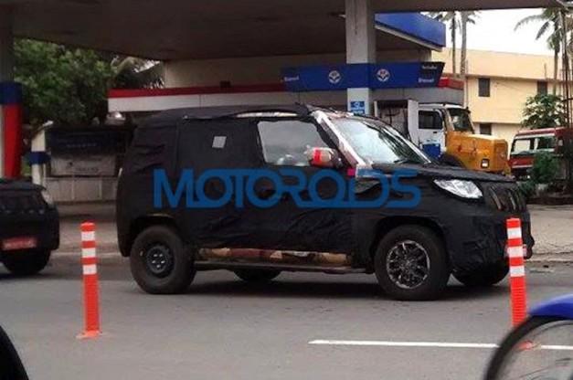 mahindra-u301-spied-front-fascia