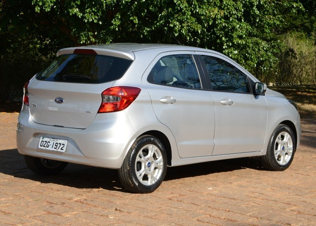 new-ford-figo-2015-hatch-rear