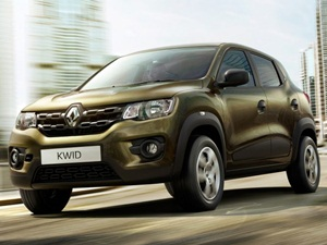 renault-kwid-unveiled-in-india-we-get-first-glimpse-at-the-dashboard