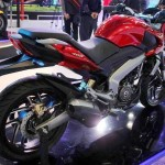 bajaj-pulsar-cs200-rear-three-quarter