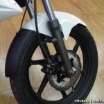 benelli-tnt-15-front-disc-brake-150cc-naked-street-fighter-india