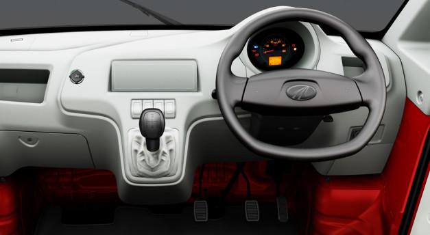mahindra-jeeto-mini-truck-dashboard