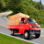 mahindra-jeeto-mini-truck-maneuvering
