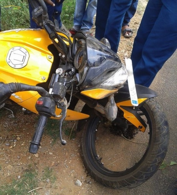 bajaj-pulsar-200ns-alloy-wheel-breakage