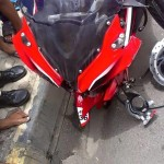 bajaj-pulsar-rs200-alloy-wheel-breakage-002