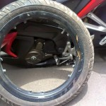 bajaj-pulsar-rs200-alloy-wheel-breakage-003