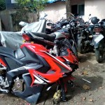 bajaj-pulsar-rs200-alloy-wheel-breakage-004