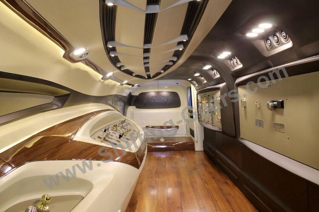 Ordinaire Dc Design MEC 3 Godrej Bus Lounge