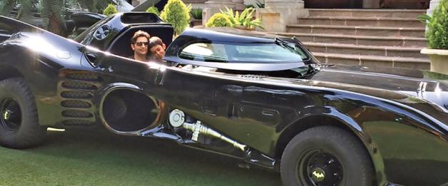 indias-own-batmobile-replica-in-pune-001