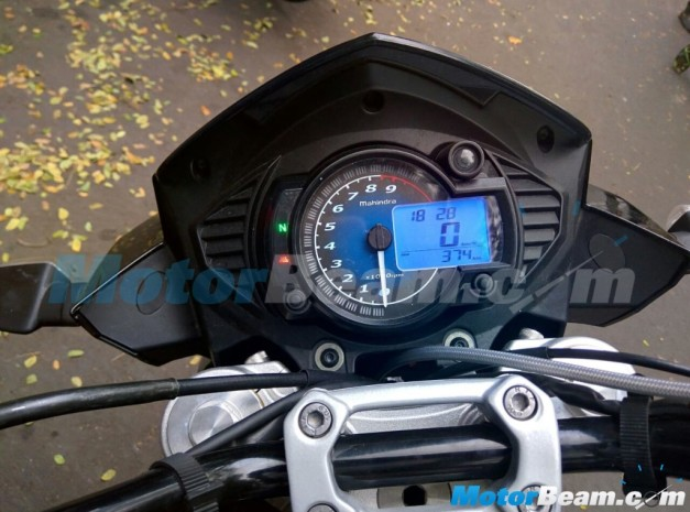 mahindra-mojo-instrument-cluster-launch-in-august-2015