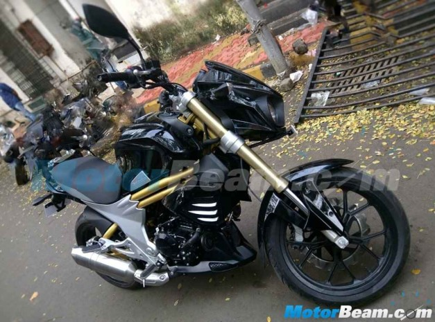 mahindra-mojo-side-launch-in-august-2015