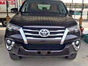 next-generation-2016-toyota-fortuner-leaked