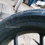 mahindra-mojo-pirelli-tyre