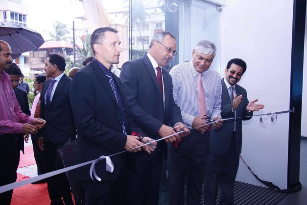 mercedes-benz-india-opens-new-showroom-in-mangalore-002