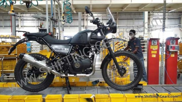 royal-enfield-himalayan-right-side-view-spied