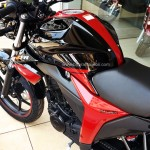 suzuki-gixxer-dual-tone-candy-antares-red-glass-sparkle-black-005