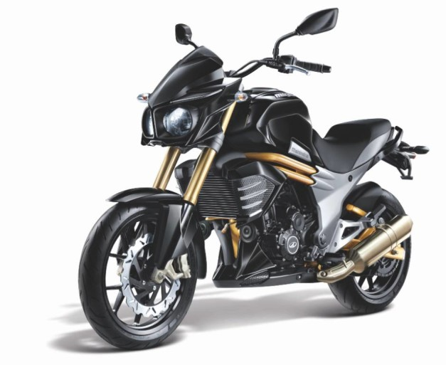 mahindra-mojo-300-front-three-quarter