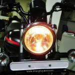 bajaj-avenger-street-220-head-light