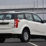 mahindra-xuv500-automatic-rear-view