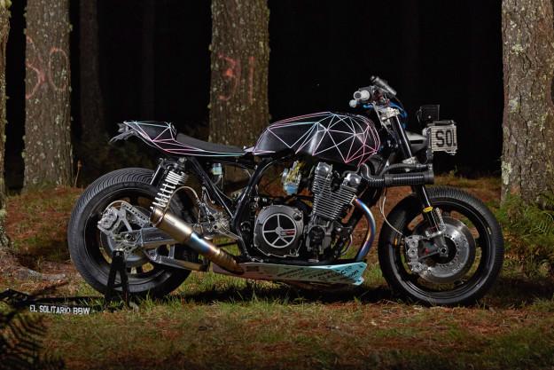 yamaha-xjr1300-el-solitario-customize-machine-side