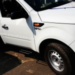 mahindra-imperio-pick-up-side-view