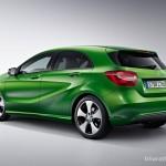 new-2016-mercedes-benz-a-class-facelift-india-rear-three-quarter