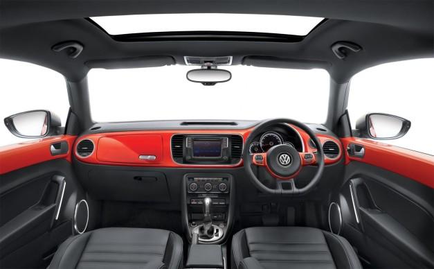new-2016-volkswagen-beetle-inside-india