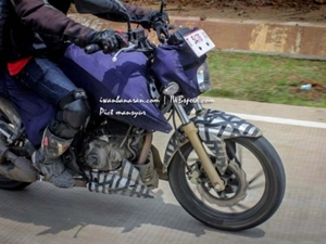 two-versions-tvs-apache-200-faster-than-ktm-duke-200