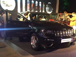 jeep-wrangler-jeep-grand-cherokee-showcased-bangalore-india