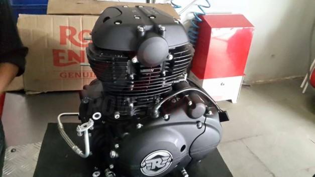 royal-enfield-himalayan-engine-production-ready-410cc